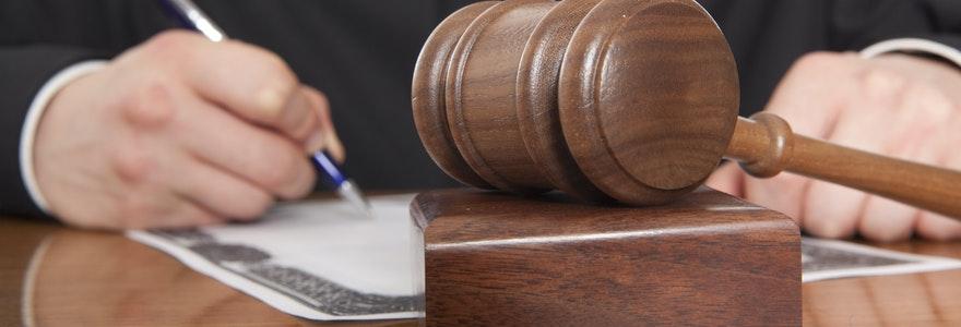 Un avocat en droit du travail